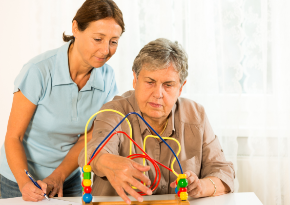 an elderly dong occupational therapy